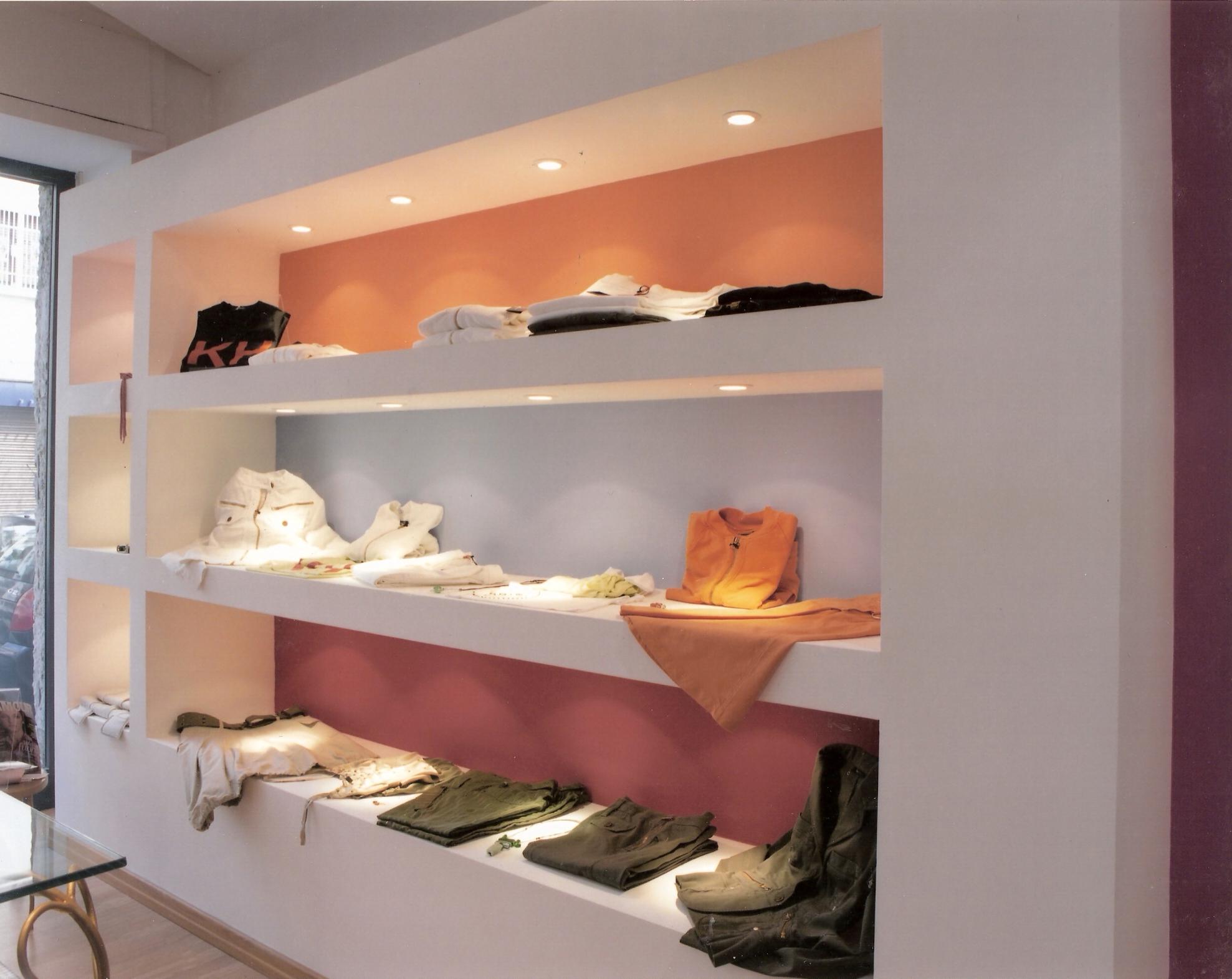 Progetti di arredamento interni boutique for Progetti arredamento interni